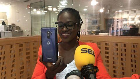 Une entrepreneure guinéenne crée «Kunfabo», une marque de smartphones 100% africaine.